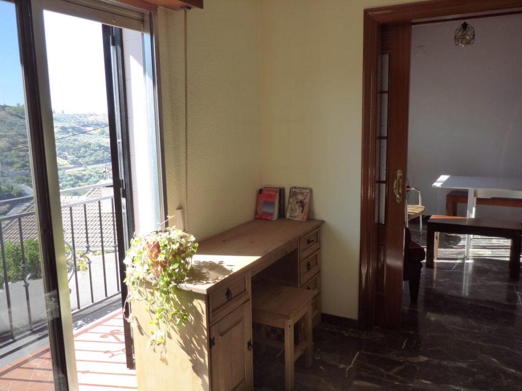 Solana de Granada - Climbing and outdoor hostel: house entrance inside