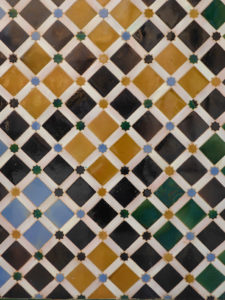 Solana de Granada - Climbing and outdoor hostel: old arabic tile pattern in Alhambra