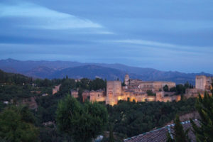 Solana de Granada - Climbing and outdoor hostel: Alhambra evening view