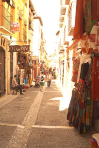 Solana de Granada - Climbing and outdoor hostel: typical street of Granada