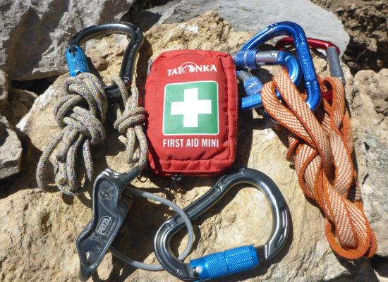 Self rescue climbing