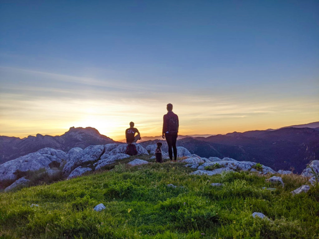 Solana de Granada - Climbing and outdoor hostel: ecotourism hike penon de la mata